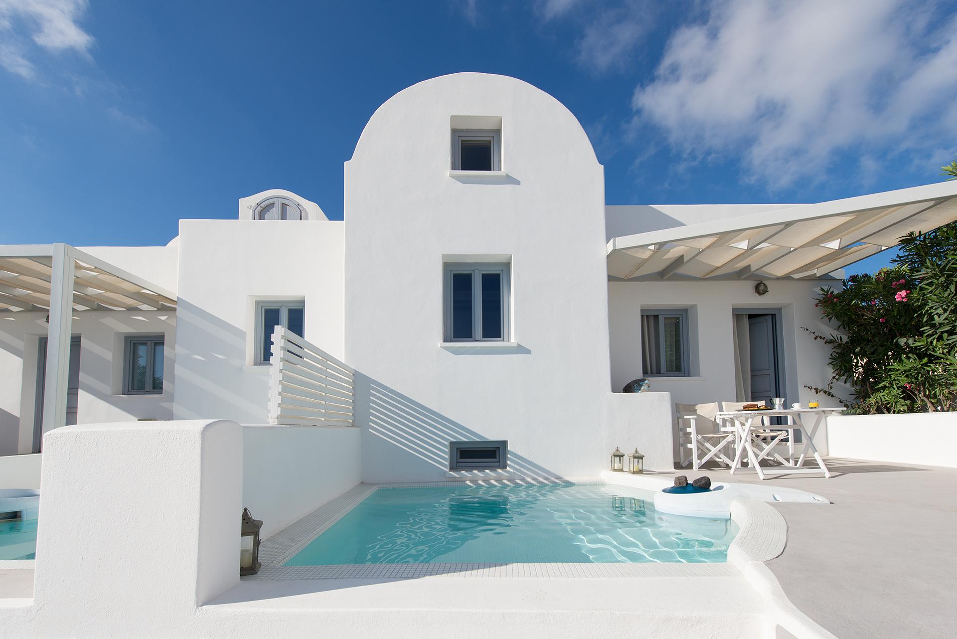 Aura Marina Apartments in Santorini www.aura-marina.com